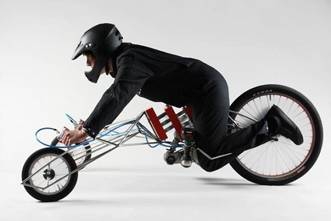EX trike powered by dual electric screwdrivers, designed by eccentrics