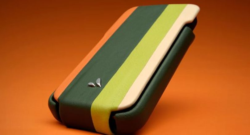 Vaja introduces new iPhone 4 cases
