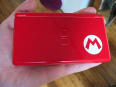 DS Lite 'New Super Mario Bros.' bundle unboxing and hands-on
