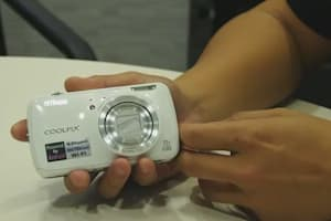 Nikon Coolpix S800c Hands-on: A Closer Look at the Android Camera