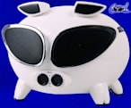 Speakal's Cool iPig blasts iPod tunes with extra badassitude