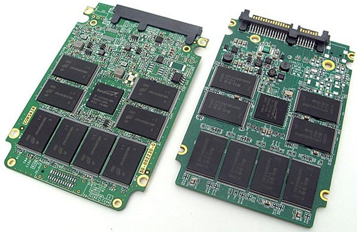 Corsair F120 SSD undressed, reviewed, compared to predecessor