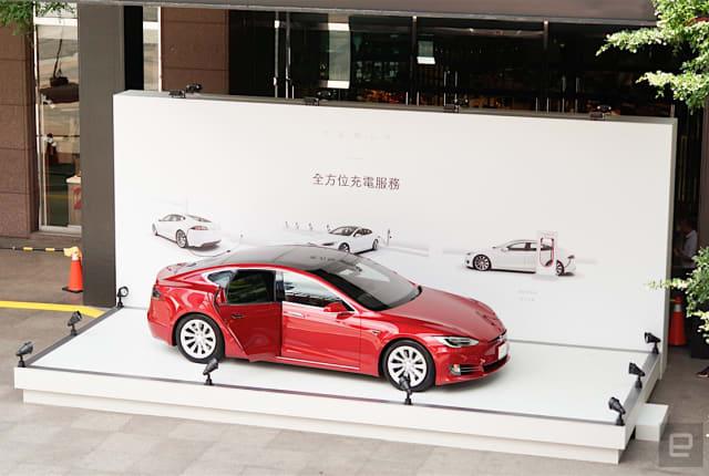 Tesla 快閃店正式在台啟動,更多上市細節揭露