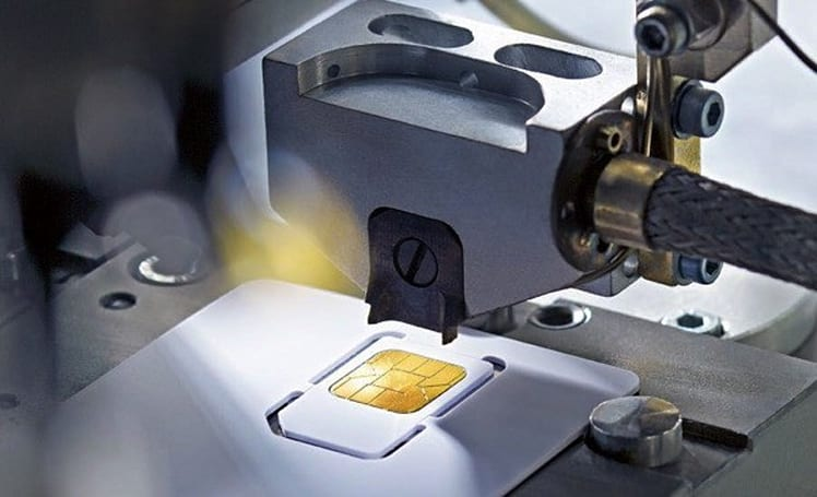 Apple's nano-SIM proposal draws fire from Motorola, Nokia, RIM