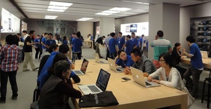 Exclusive photos from iPhone 4 launch in China, new Beijing Apple Store