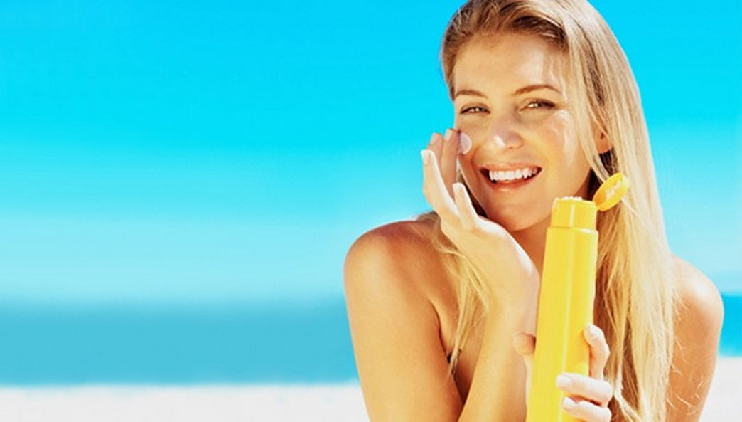 Learn How to Properly Apply Your Sunscreen