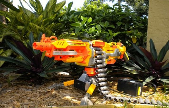 Infrared Nerf autocannon hunts predators, little sisters too (video)