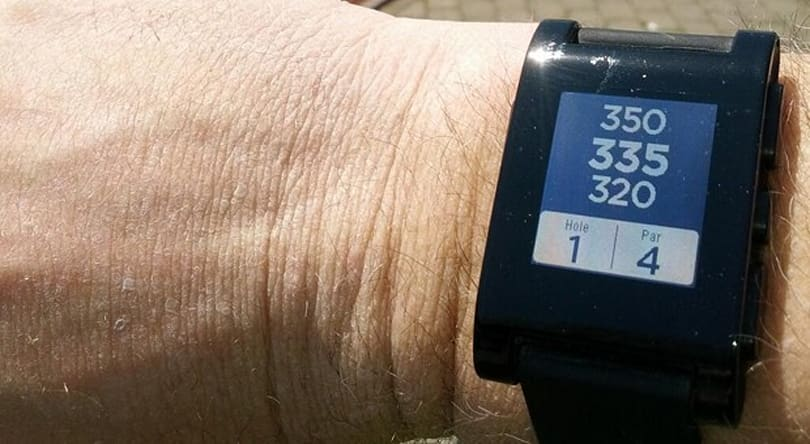 Pebble gets a golf app now, two-way app support within a month