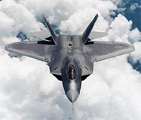 F-22 Raptors' systems crash mid-flight over Pacific