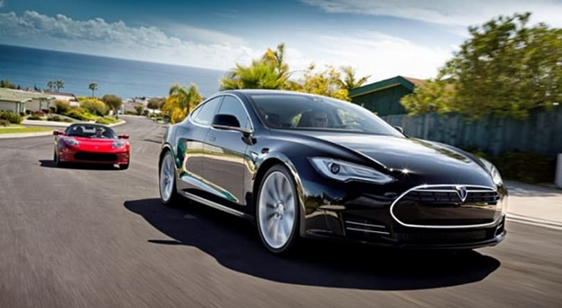 Tesla Model S is almost production-ready, does photo shoot to prove it