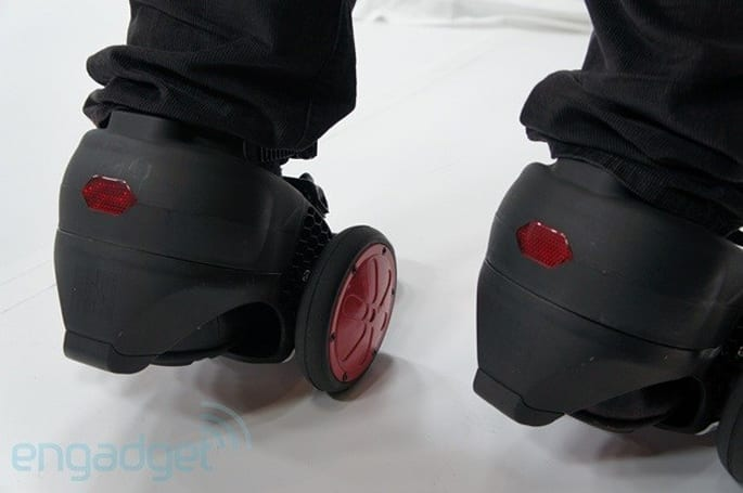 Spnkix motorized skates crash the final Engadget CES podcast (video)