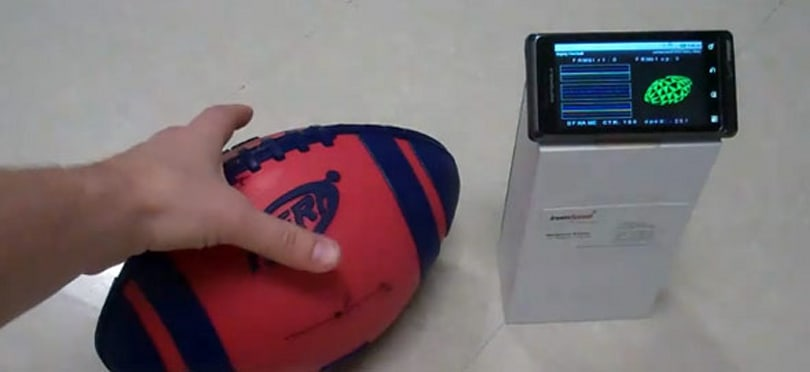 Spiral training Android application turns anyone into Peyton Manning... in theory (video)