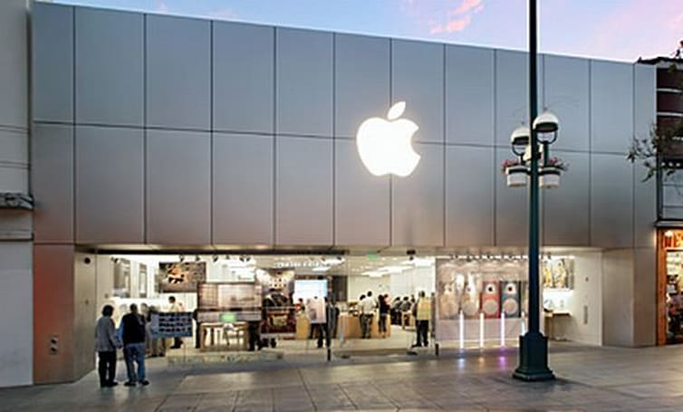 Burglars going after LA Apple Store customers
