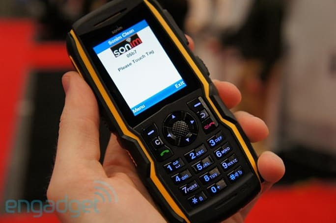 Sonim brings a trio of rugged devices to CTIA E&A 2011, we go hands-on (video)