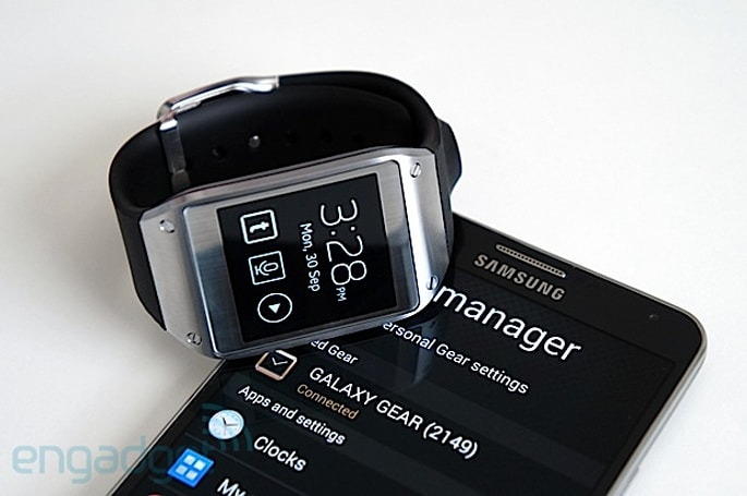 Samsung boasts 800,000 Galaxy Gear smartwatch sales in two months