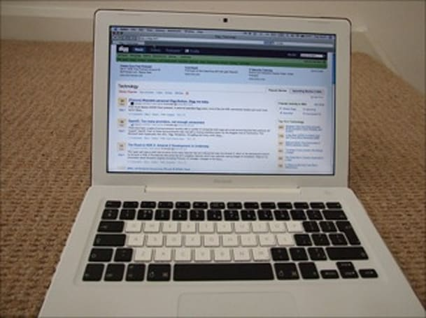 A nicely modded MacBook