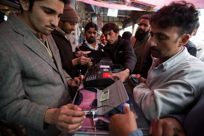 Pakistan orders cellphone users to provide their fingerprints