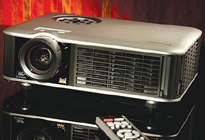 Home Theater Mag reviews the Viewsonic Cine5000
