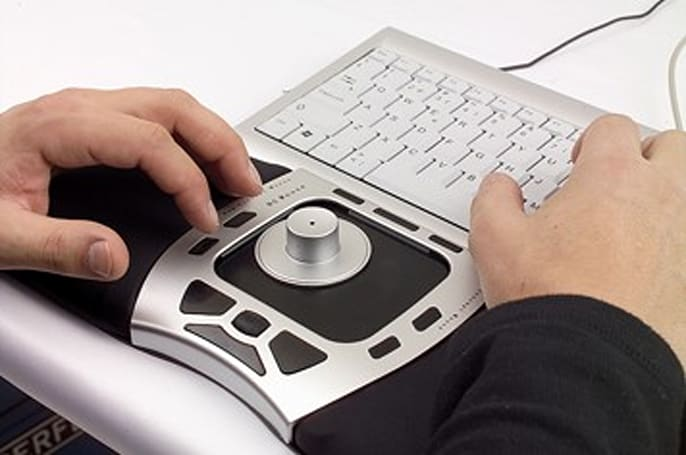 Hela rolls out ergonomic Glider Mouse