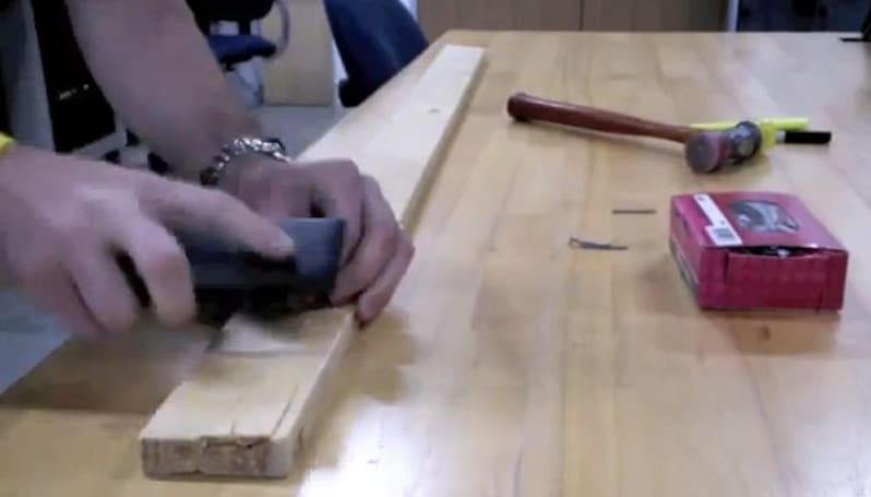 Nokia uses Lumia 900 as a hammer in a torture test, makes us wince (video)