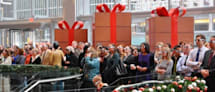 Comcast Center HD Video Wall gets a dose of 3D for the holidays