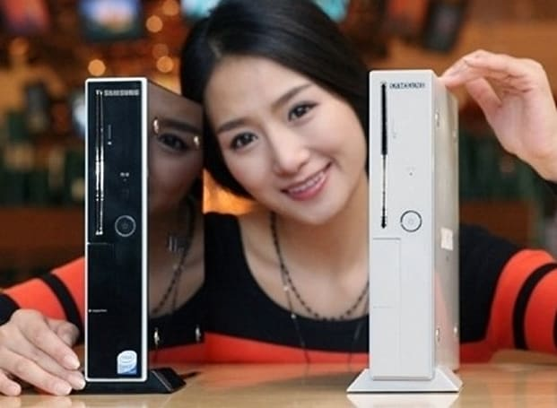 "Samsung's MX-10 slim PC: with Core 2 Duo, and an ""M"""