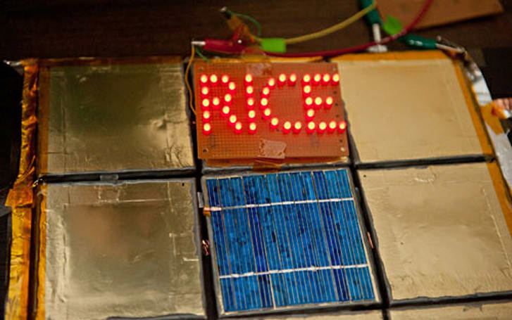 Rice University researchers create spray-on battery, powered bathroom tiles