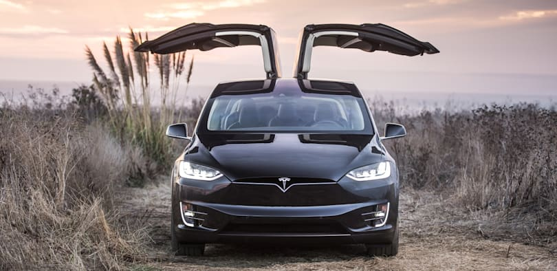 Tesla will let you spec out a Model X starting Monday