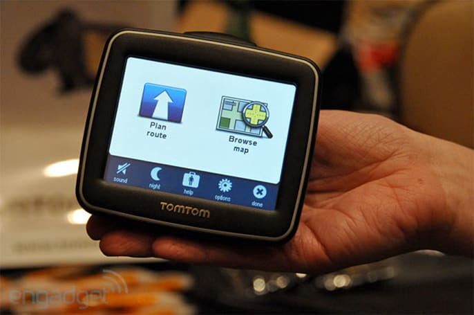 TomTom promises lifetime (free) map and traffic updates for select 2010 PNDs