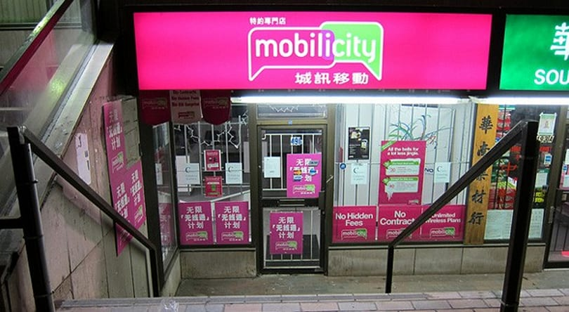 Telus agrees to acquire Mobilicity for $380 million, despite Canada's push for increased mobile competition