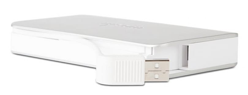Moshi's IonBank 5K with Lightning Connector: No need to carry cables
