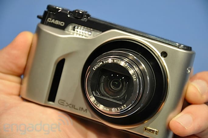 Casio Exilim EX-FH100 hands-on in super-slow-mo