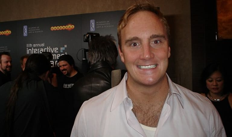 DICE 2009: Jay Mohr pokes fun at devs at AIAA awards