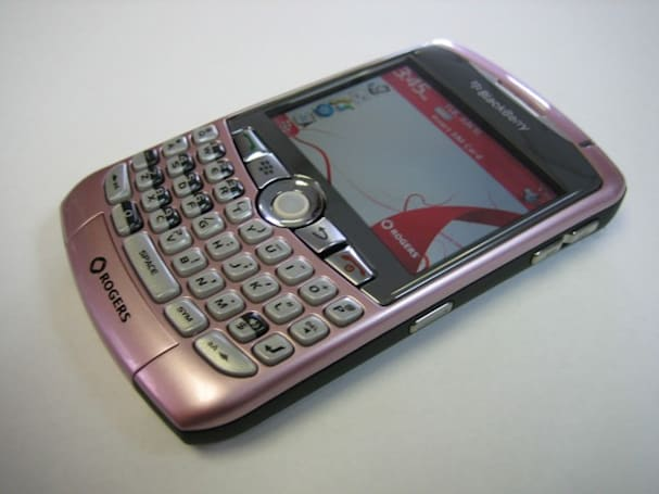 Rogers loves BlackBerry: Pink Curve, OS 4.5, and BlackBerry Bold oh my!