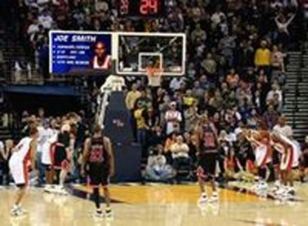Sportvision breaks backboards during NBA 2008 All-Star Game