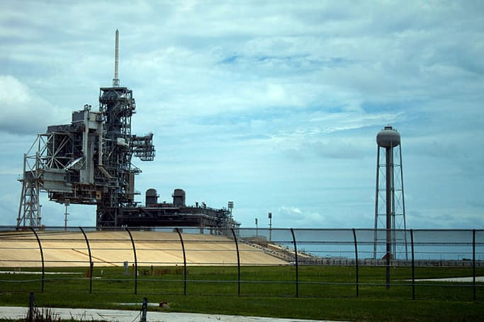 Create your own space program: NASA quietly flogging bits of the Kennedy Space Center