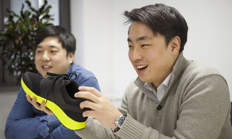 Samsung-backed smart shoes will be your personal trainer