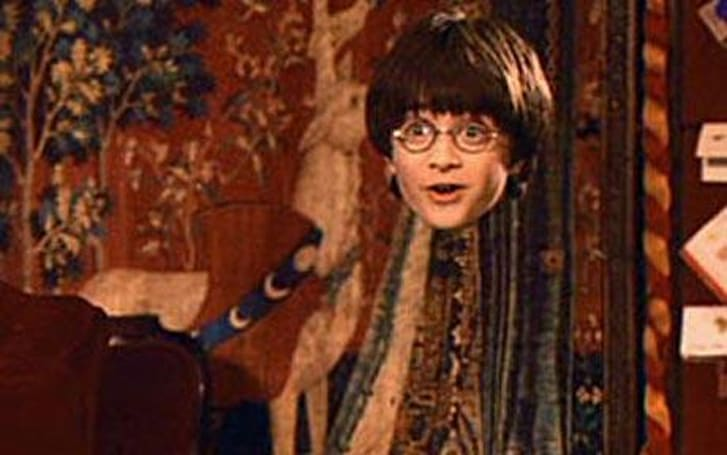 Invisibility cloak made of carbon nanotubes uses 'mirage effect' to disappear