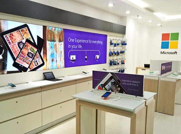 Nokia's stores are turning into Microsoft resellers
