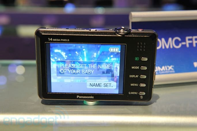 Panasonic 2010 point and shoot line hands-on