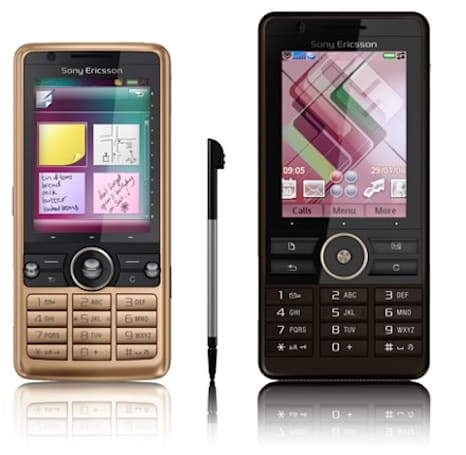 """Sony Ericsson's G700 and G900: """"touchscreen organizers"""""""
