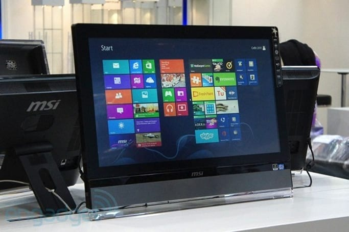 MSI shows off its first gaming all-in-one, the Wind Top AG2712 (hands-on)