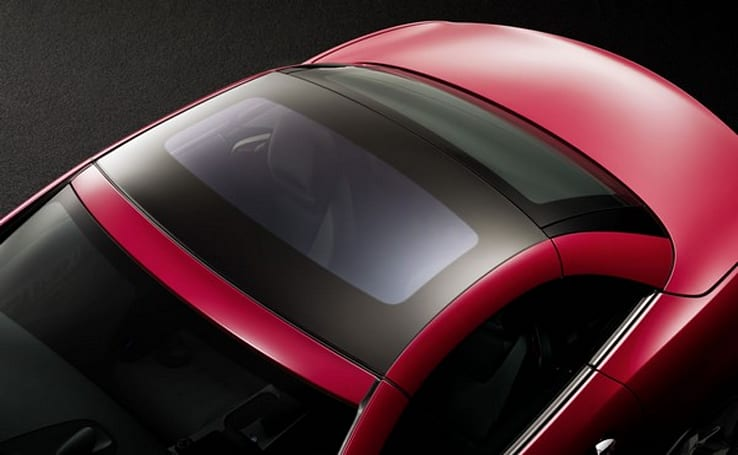 Mercedes-Benz SLK gets Magic Sky Control roof, turns transparent at the touch of a button