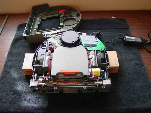 Neato XV-11 robot vacuum gets its very own open source LIDAR hack