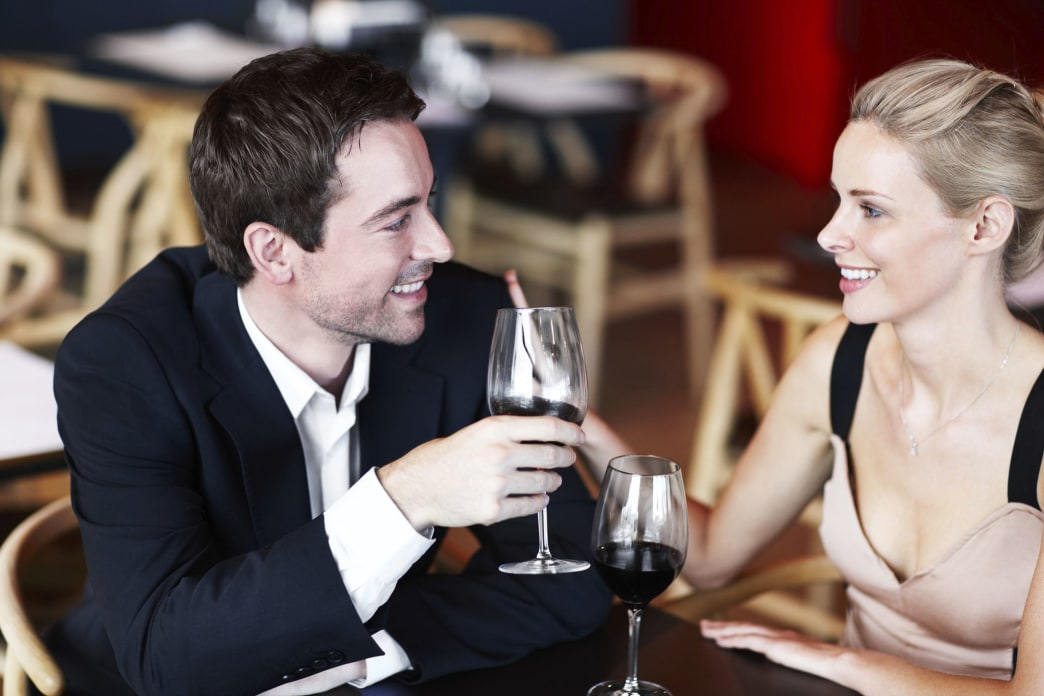 Ask the Guys: Biggest Turn-Off on a First Date