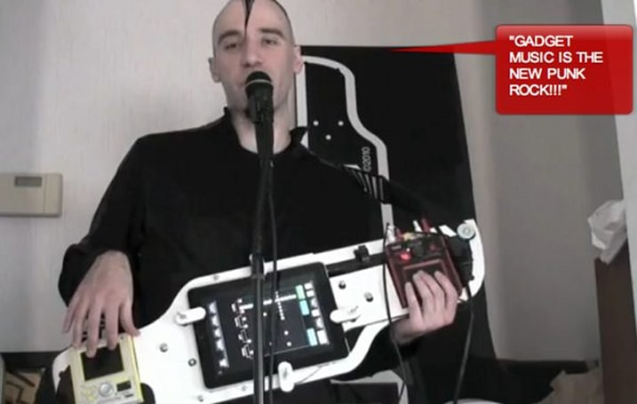 Franz K's iTar transforms your iPad into a keytar, puts shame in your game (video)