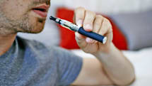 E-cigarette ads are encouraging teen vapers, CDC finds