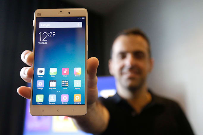 Xiaomi retakes the smartphone lead in China as Apple slips