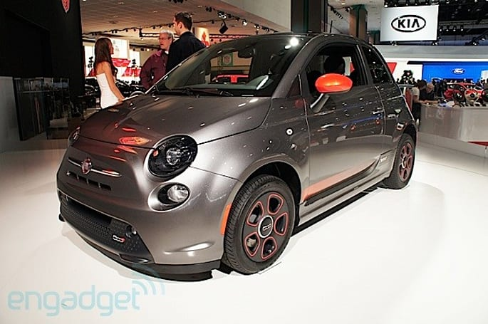 Fiat's 500e EV debuts at the LA Auto Show, we go eyes-on