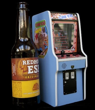 World's smallest Donkey Kong cabinet delivers authentic arcade experience for tiny fingers (video)